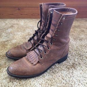 Justin 575 Leather Roper Kiltie Western Boots